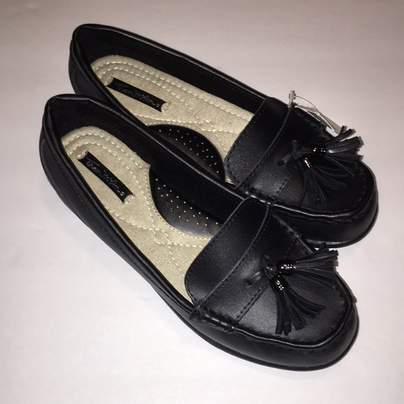 thom mcan Shoes | Womens 75 Wide Width